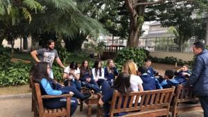 Estudantes debatem aprendizados adquiridos durante a visita ao museu